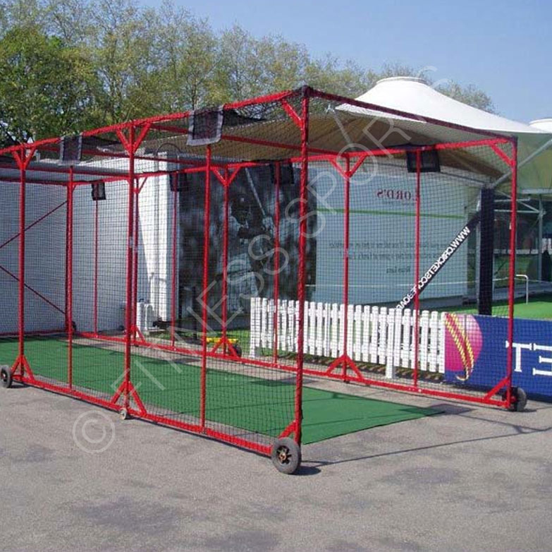 Wall Fixed Extending Cricket Cage