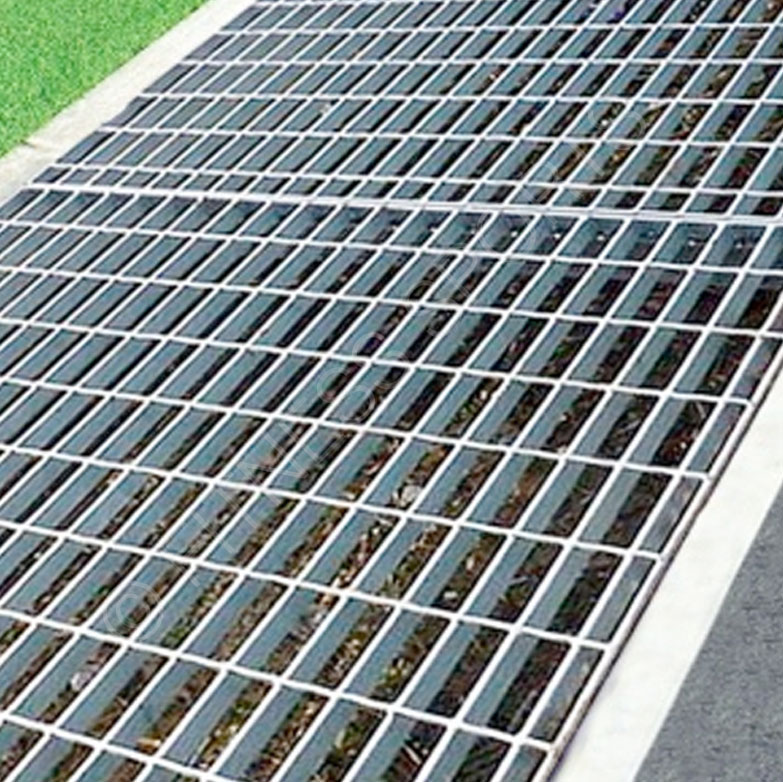 Sports Pitch Steel Grating Panels